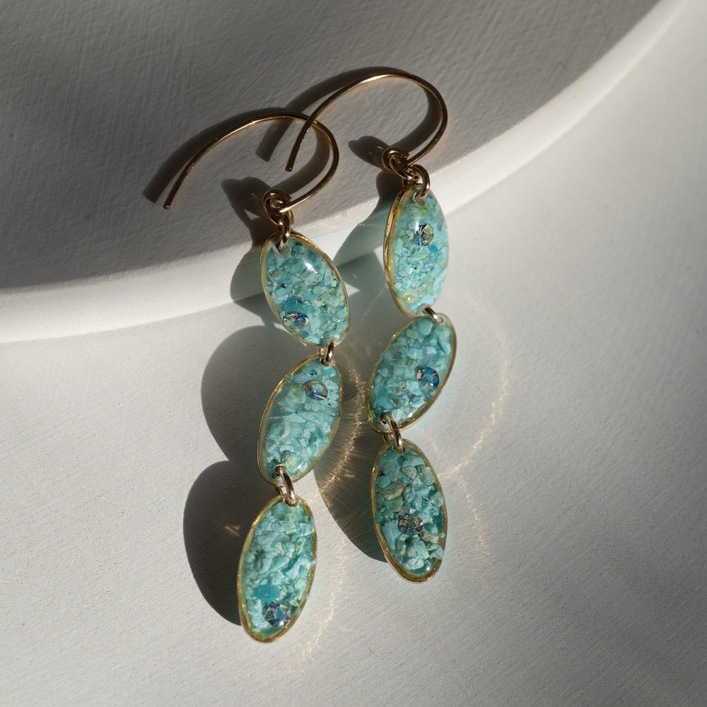 Load image into Gallery viewer, Long Oval Blue Earrings