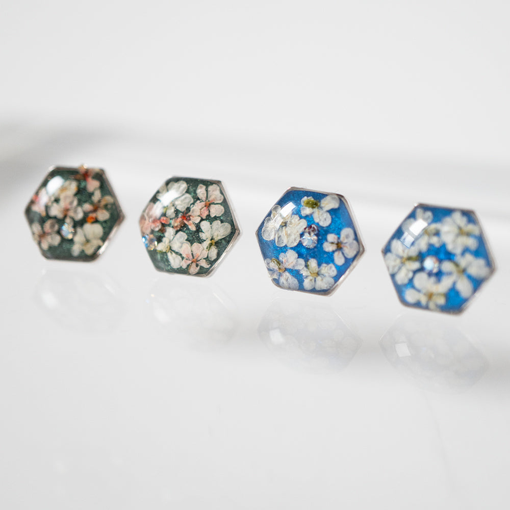 Load image into Gallery viewer, Flower Silver Hexagon Earrings