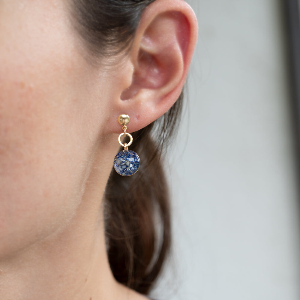 Load image into Gallery viewer, Dangling Ocean mix Earrings