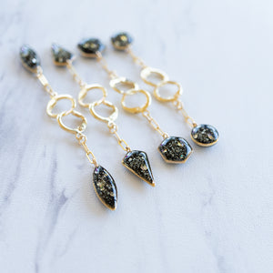 Load image into Gallery viewer, Dangling Circle Earrings