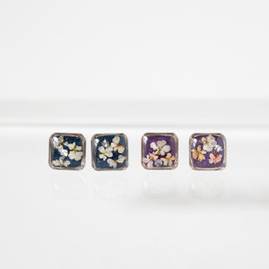 Load image into Gallery viewer, Flower Silver Square Earrings