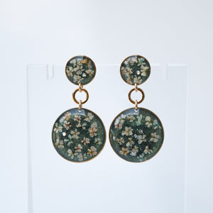 Dangling Circles Green Flower Earrings