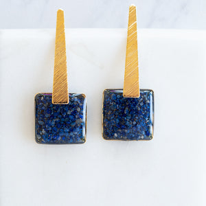Load image into Gallery viewer, Dangling Square Earrings