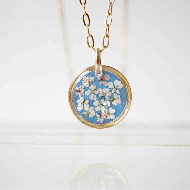 Blue Circle Flower Necklace