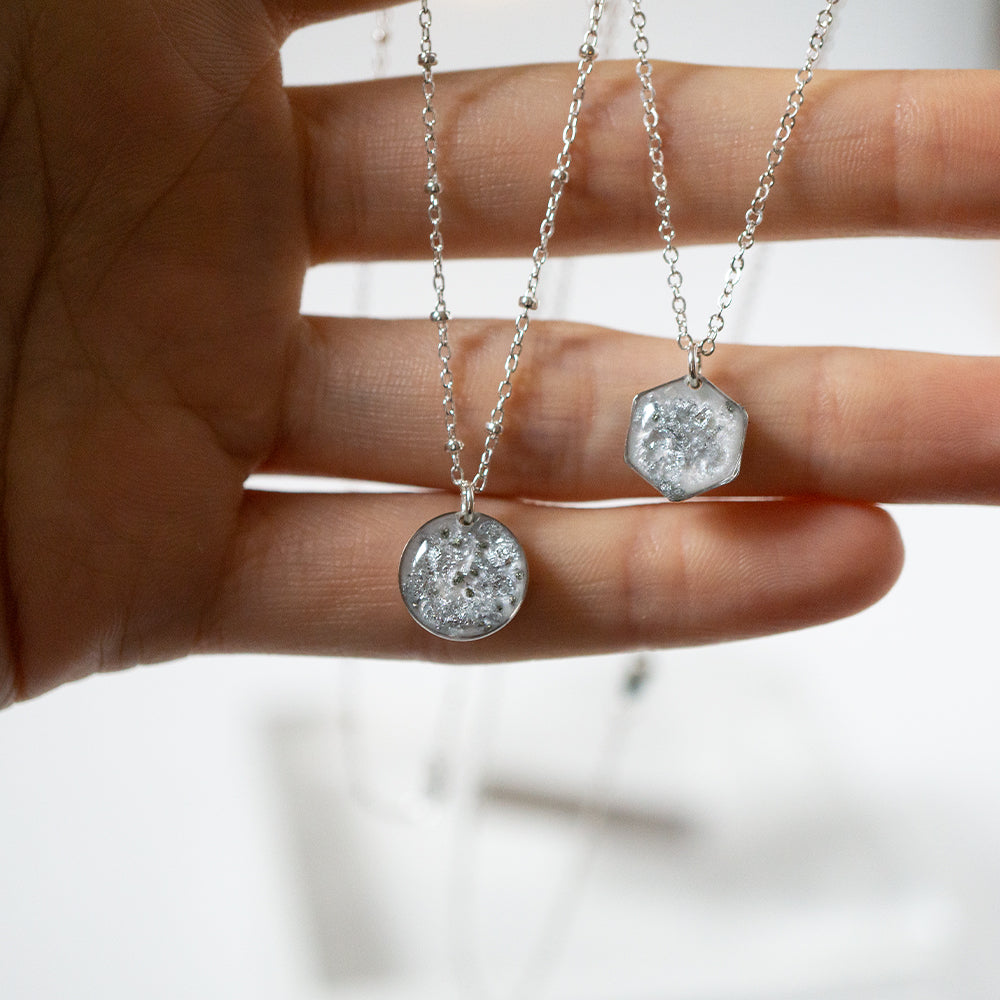 Load image into Gallery viewer, Silver Small Necklace