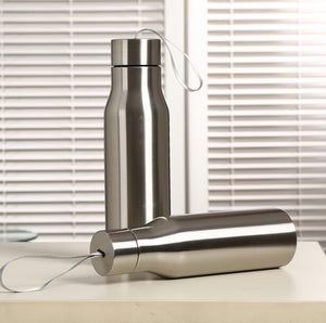 High Quality Insulated Stainless Steel Vacuum Flask To Keep Your Drinks Hot or Cold For Extended Times (450 ml)