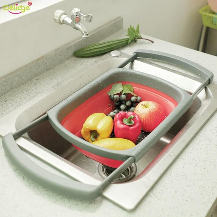 Collapsible And Adjustable Kitchen Colander For Easy Sink Washing Of Fruits And Vegetables
