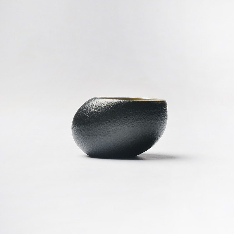 Popular Handmade Japanese Zen Black Glazed Bowls (Multiple Designs Available)