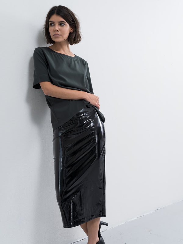Hana latex pencil skirt black