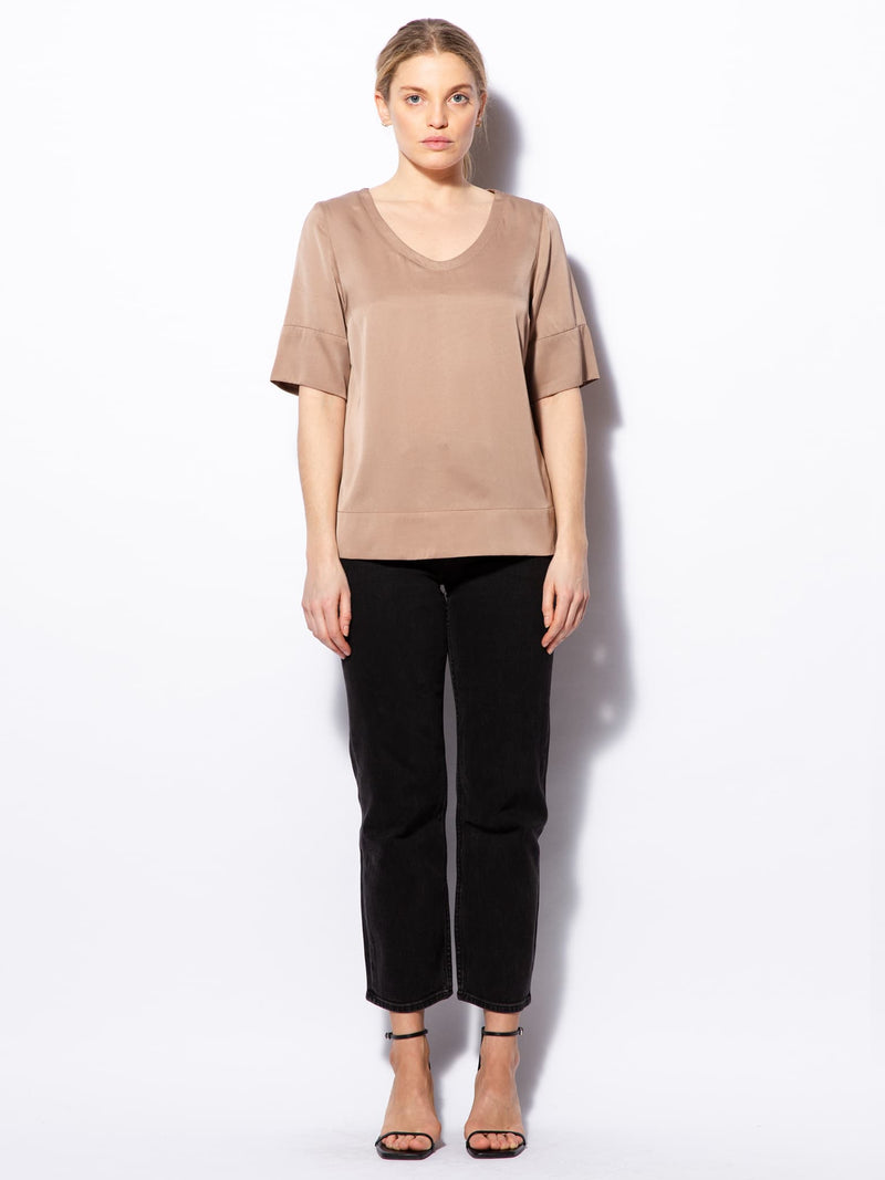 Middy v-neck blouse sand