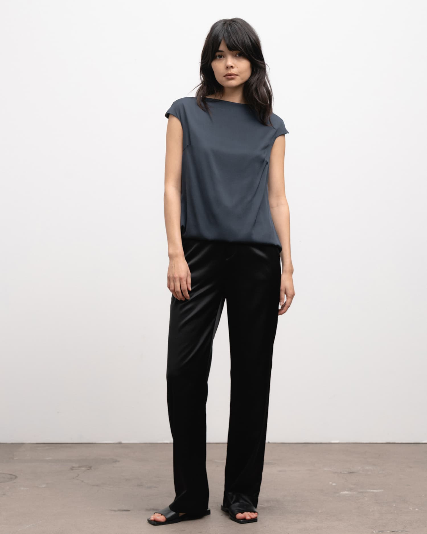 Ahlvar Gallery Yui top blue grey