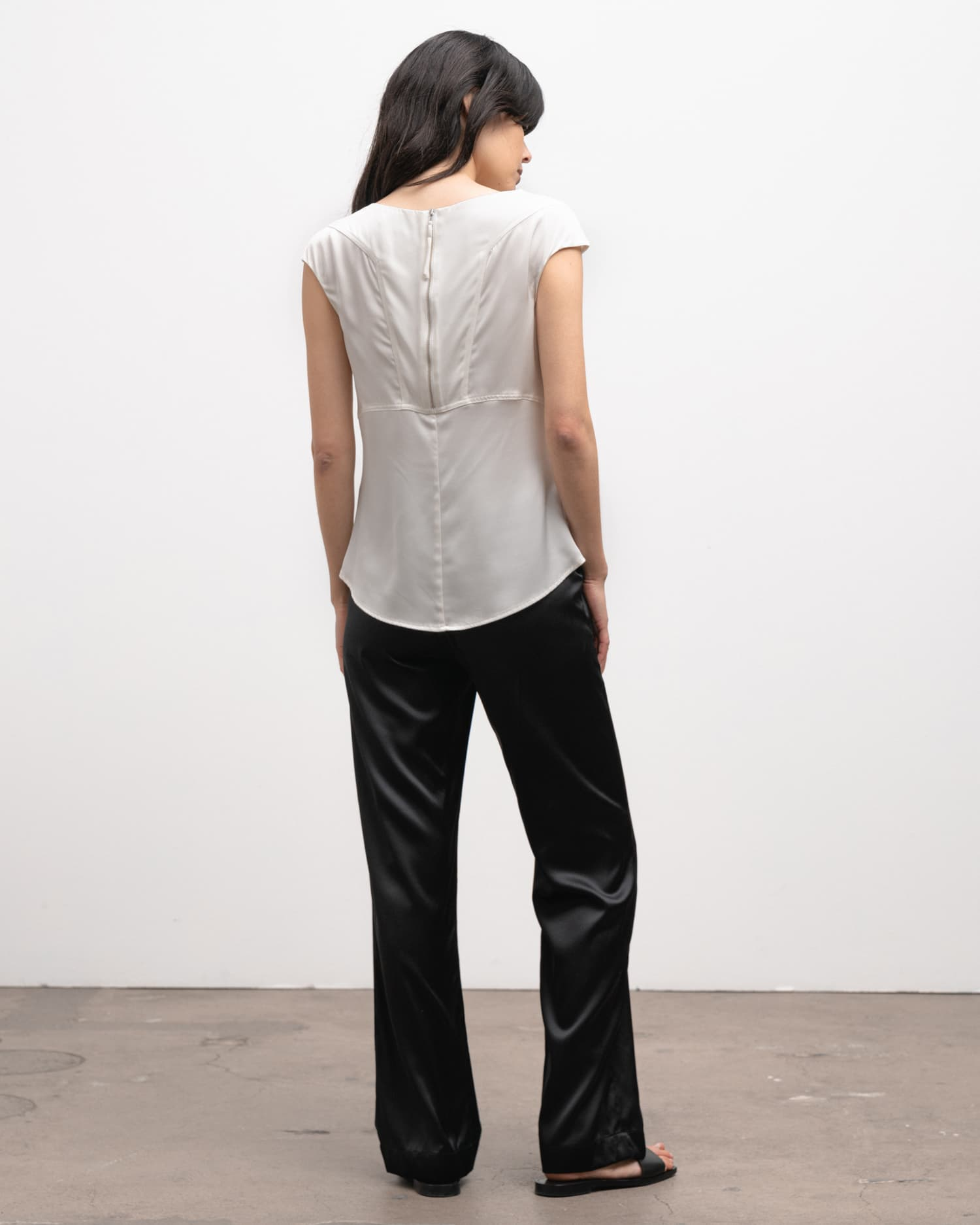 Ahlvar Gallery Yui top off-white