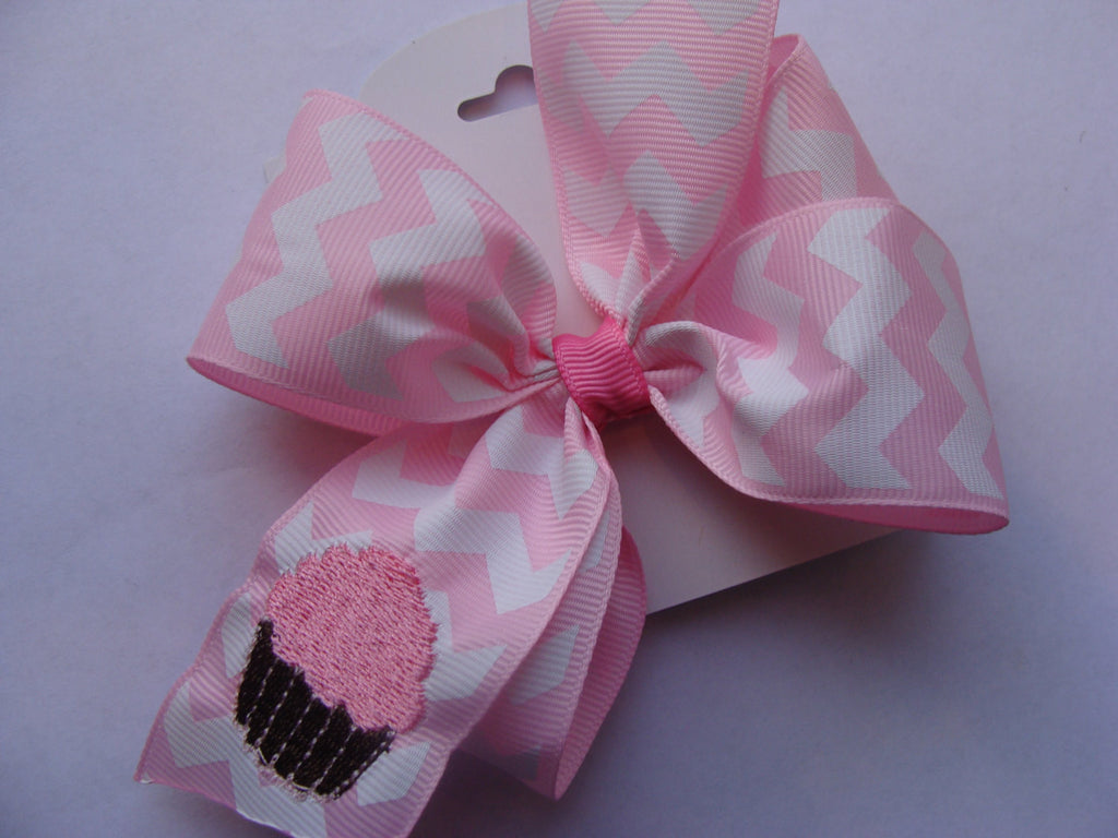 Pink Cupcake Hair Bow, Chevron Gift, Birthday hairbow, Party Idea, Custom Boutique, Embroidered Clip, Monogrammed Pink, Special Idea, Ribbon