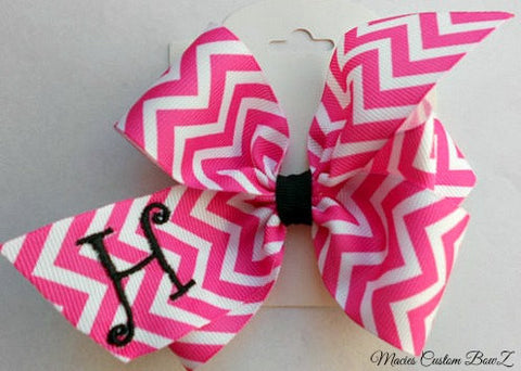 Chevron Monogram, Hair Bow, Initial Letter, Hot pink Gift, Girls Birthday Party, Idea School, Trendy zig zag, Custom Boutique, monogrammed