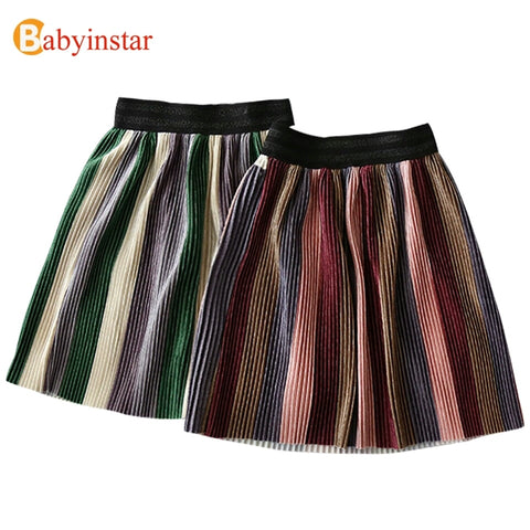 Colored pleated skirt