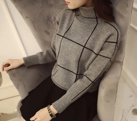 Grid turtleneck
