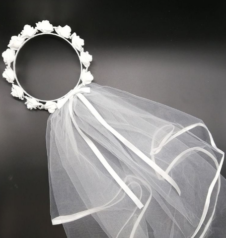 Wreath with veil