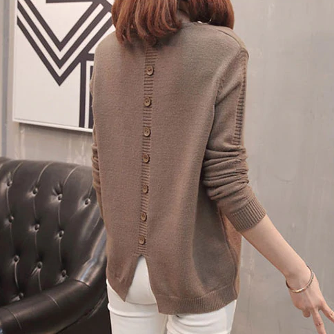 Button back v neck sweater