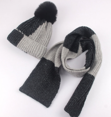 Colorblock hat and scarf set