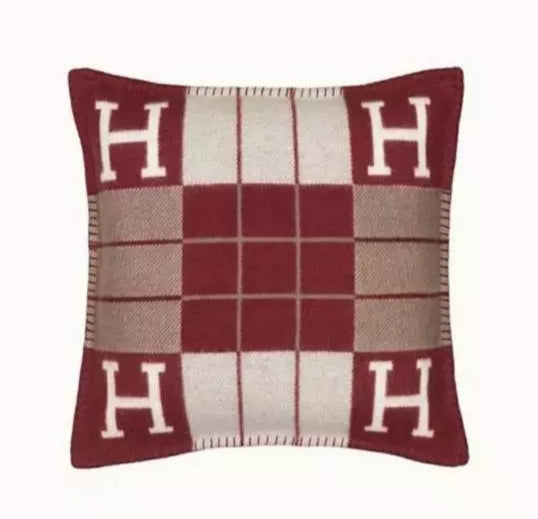 H colorblock pillow cover