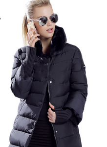 Duck down jacket with fur collar