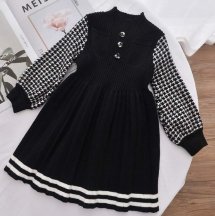 Houndstooth sleeve knit dress