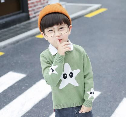 Star sweater with removable collar