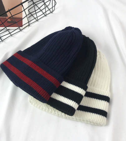Stripe trim hat