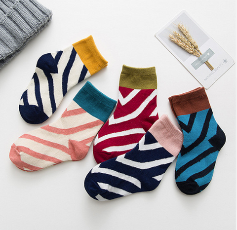 5 pairs striped socks