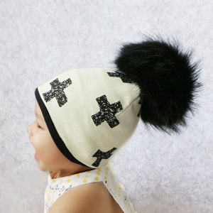 Printed pom pom hat with bib