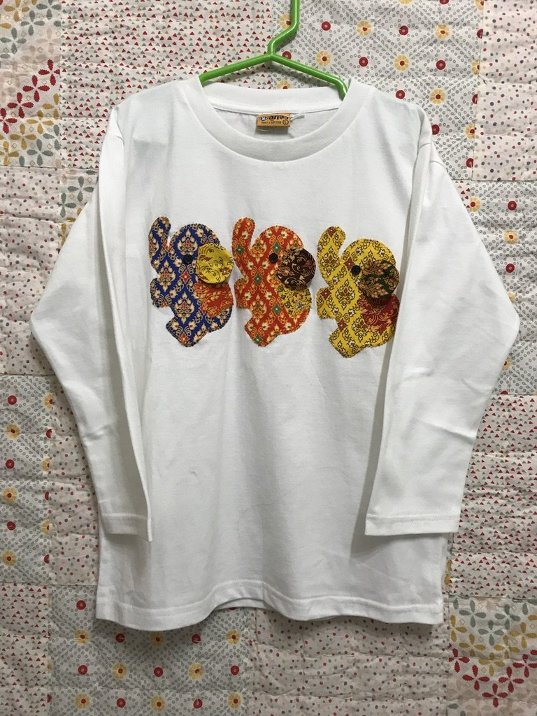 Child T-Shirt Long Sleeves with 3 Elephants in Traditional Thai Fabric