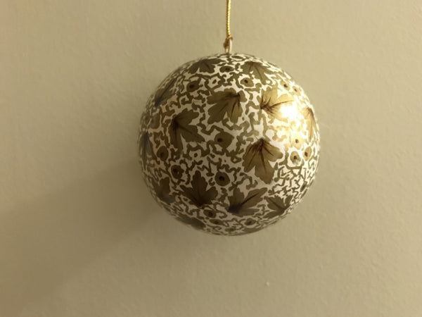 Christmas Gold & White Leaf Papier-mâché Ball - Maison Fusion