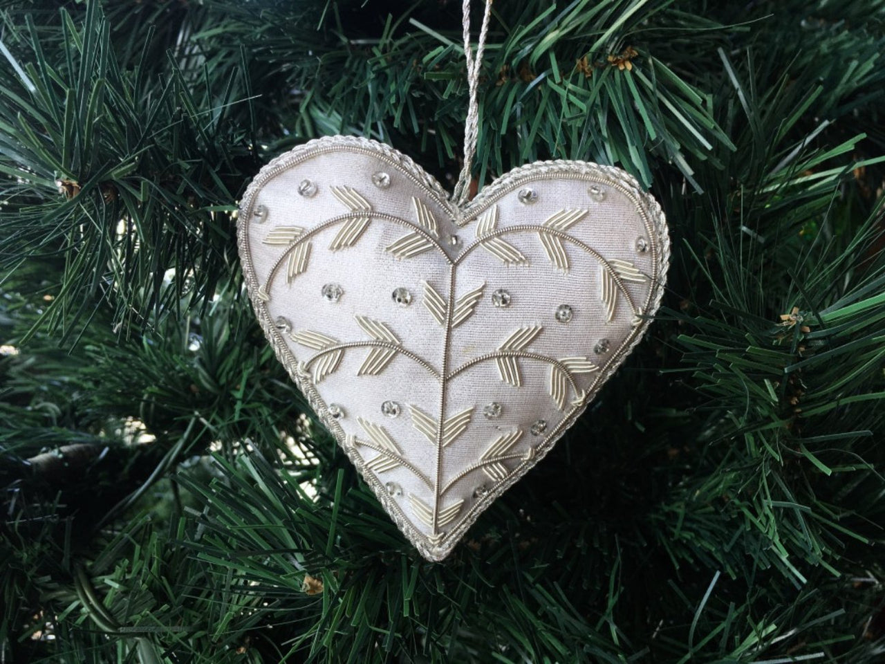 Christmas Silk Heart with Embellishment on Tree - Maison Fusion