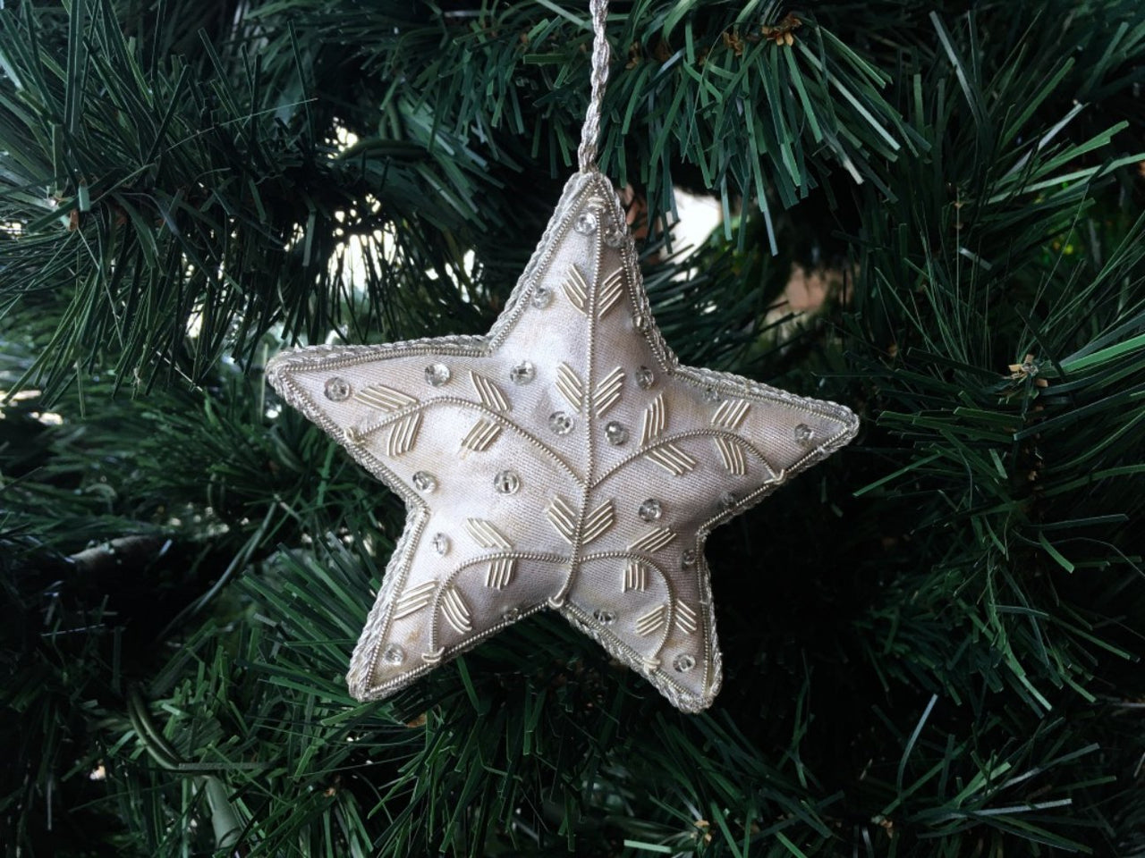 Christmas Silk Star with Embellishment on Tree - Maison Fusion