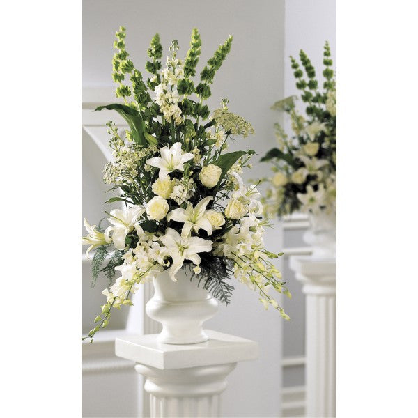 W5 White Grand Bouquet