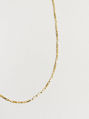 kalen chain in gold.