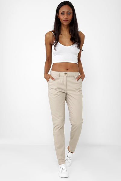 Mom Trousers in Beige