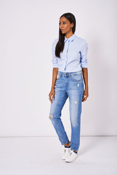 Boyfriend Style Jeans With Rips