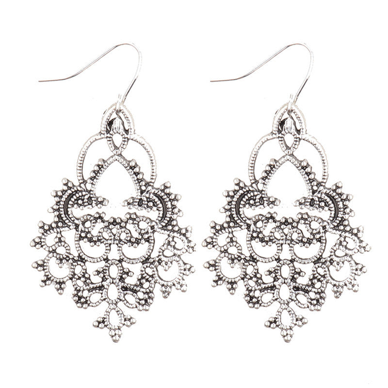 Golden Ethnic India Earrings