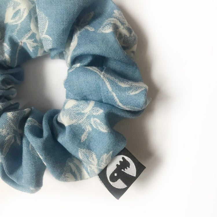 Scrunchie Single - Floral Denim