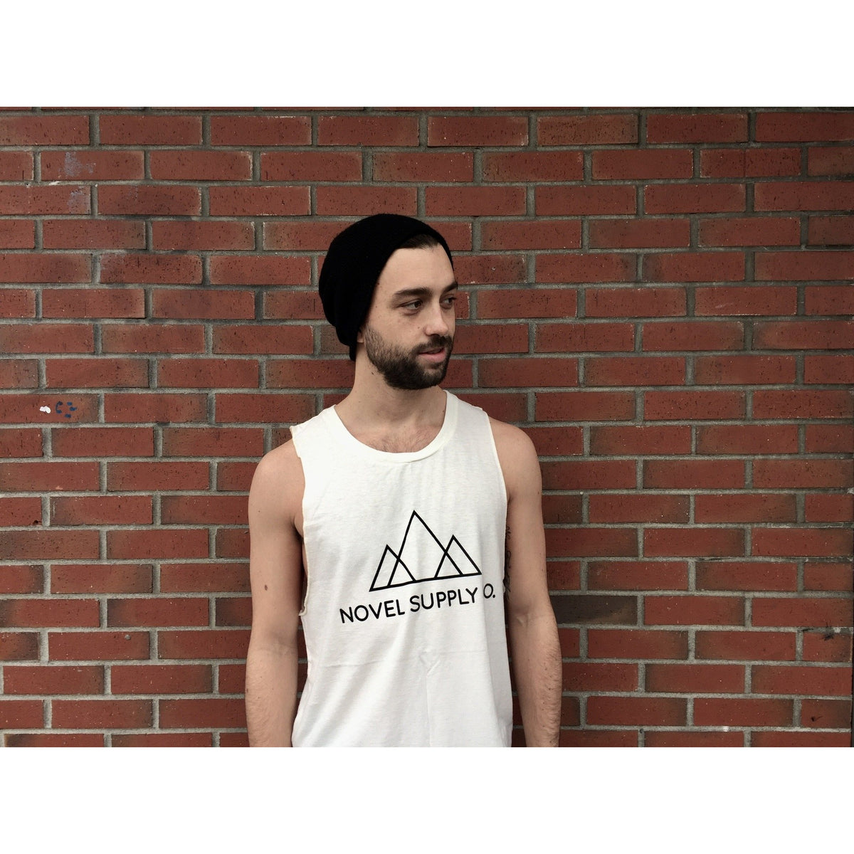 MUSCLE TANK | full logo