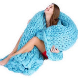 Home Decor - COZY Knitted Blanket