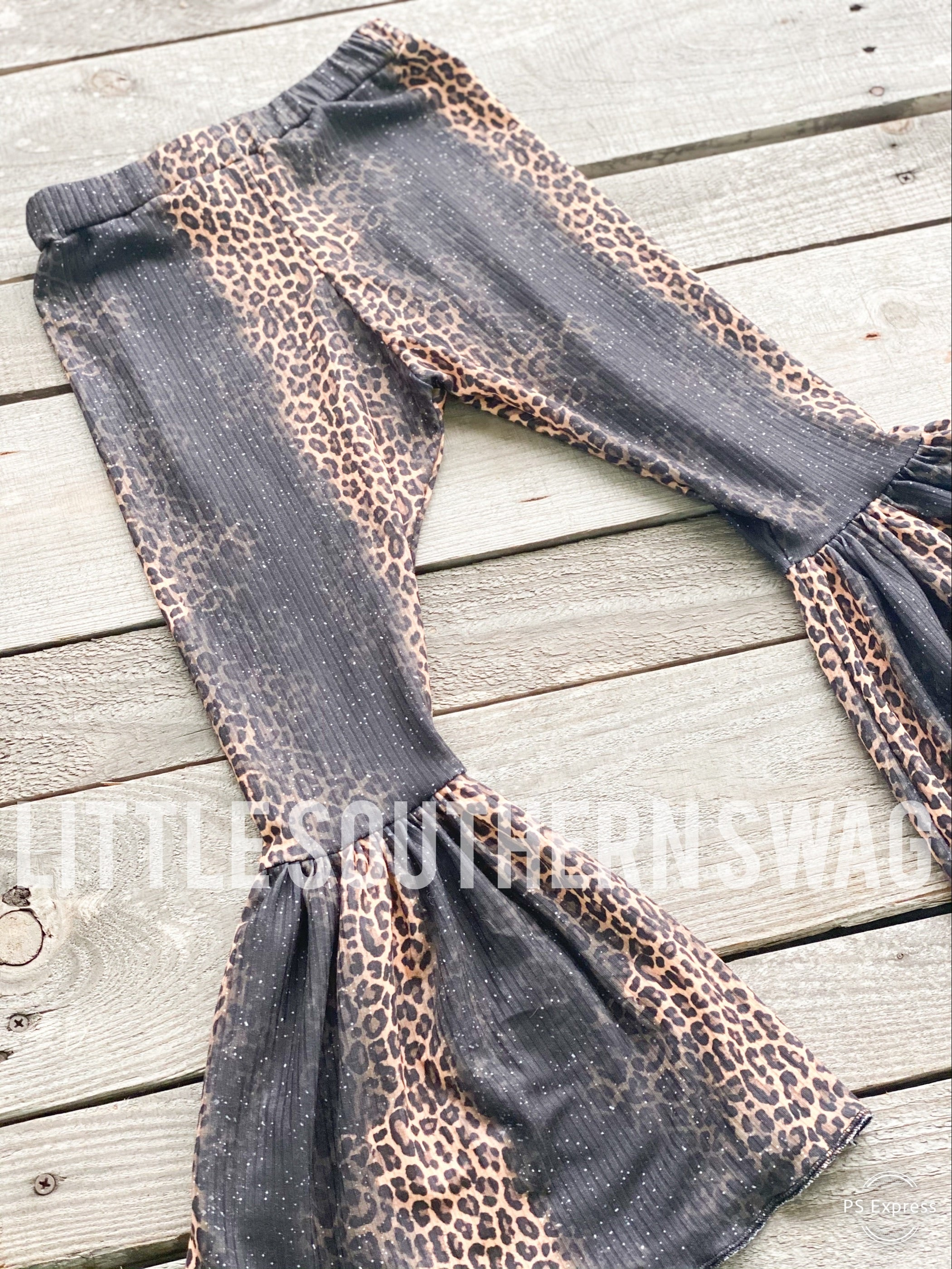Ribbed Faded Leopard Momma Bells