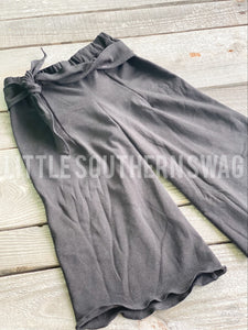 Black Basic Belted Pants