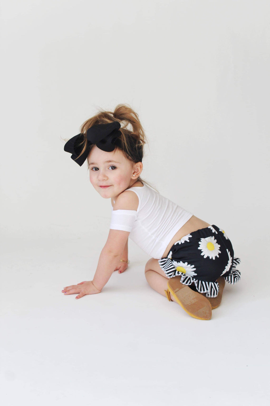 Daisy Shorties - Little Southern Swag