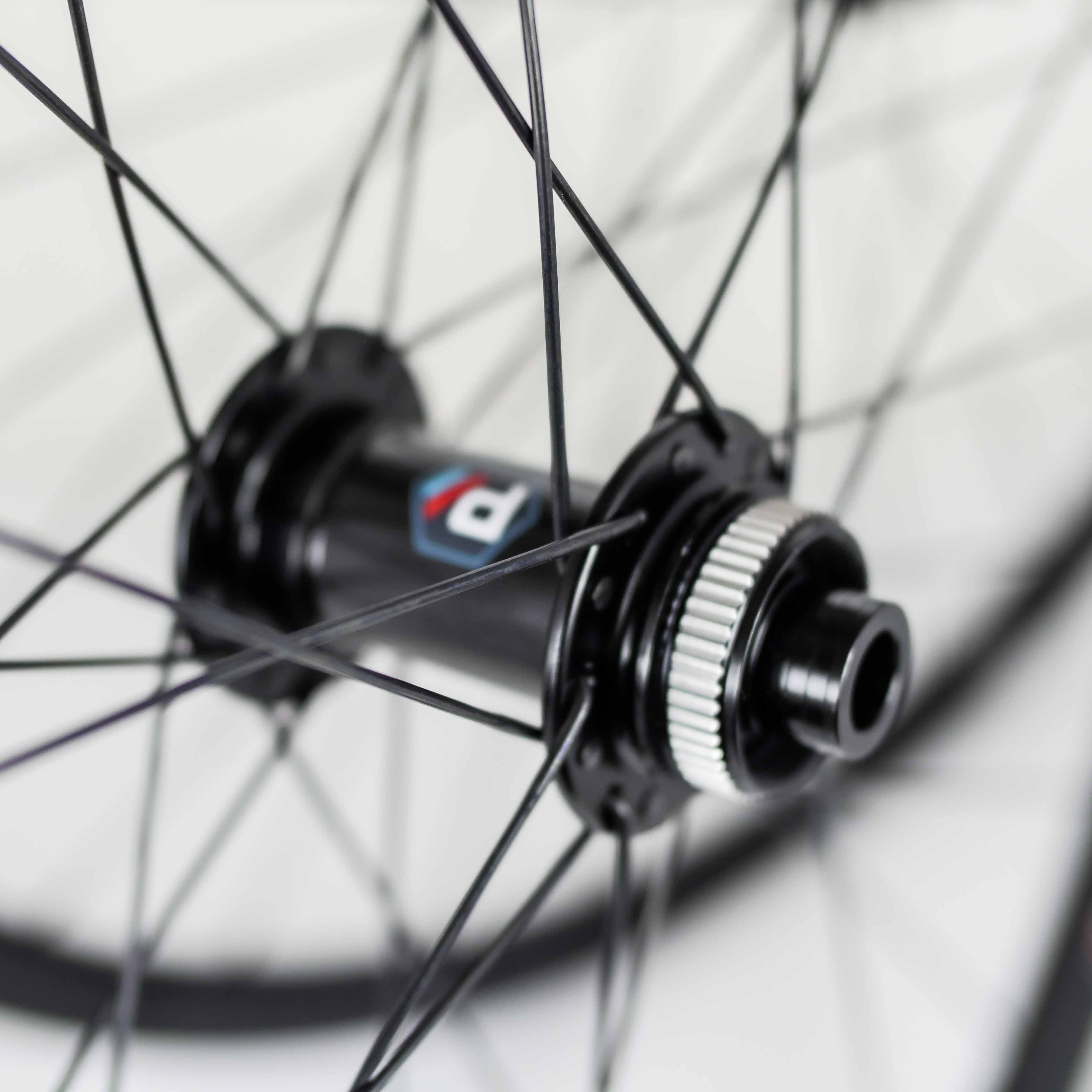 Forza wheelset centre-lock disc brake 700c 12mm