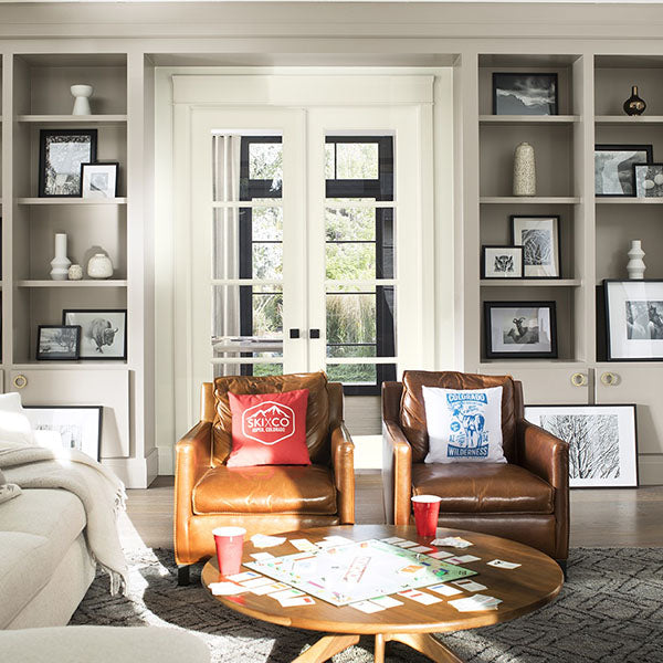 Benjamin Moore Neutral Shades: Top Interior Designers' Picks