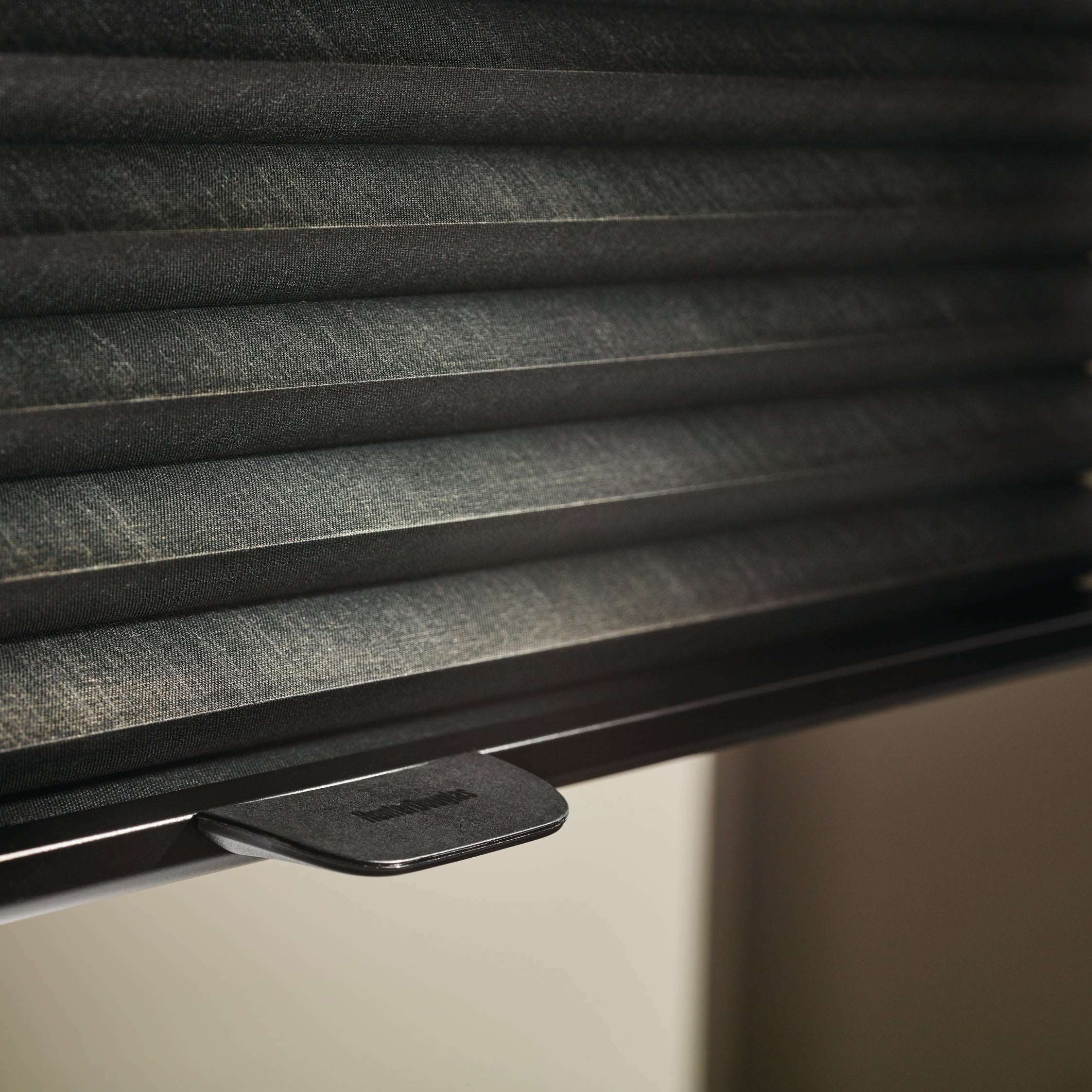 Barrydowne Paint offers Hunter Douglas with LiteRise systems, Sudbury, ON.