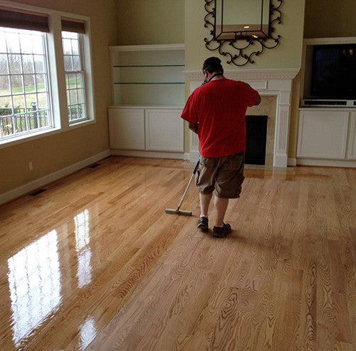 Applying a varnish to protect wood floors