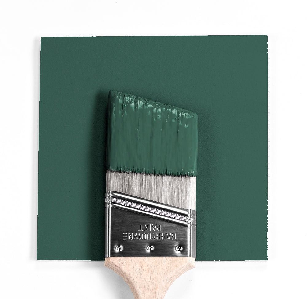 Benjamin Moore Colour HC-135 Lafayette Green wet, dry colour sample.